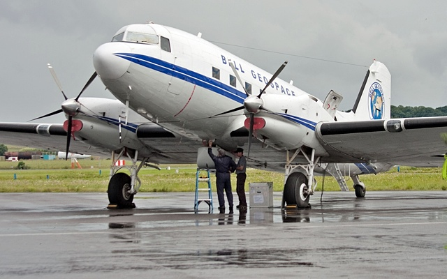 «Старый самолет». Золото не ржавеет