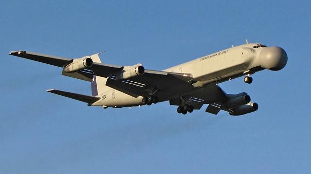 Boeing_EB-707_Condor