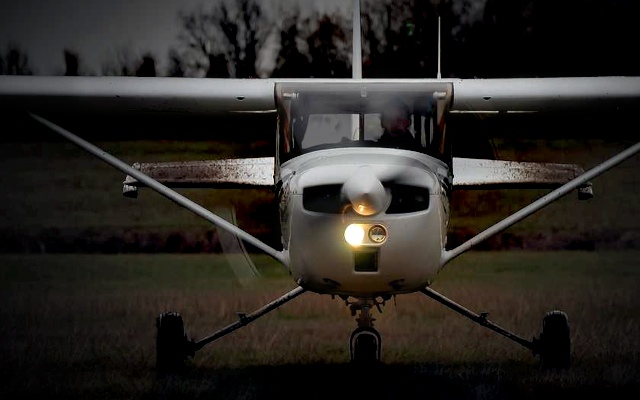 Cessna-150_dirty
