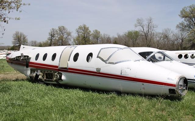 Hawker-400_Beechjet-400_Mitsubishi-MU-300-Diamond