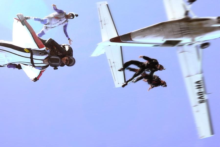 Wingsuit-Rodeo_J.Bergfors_01